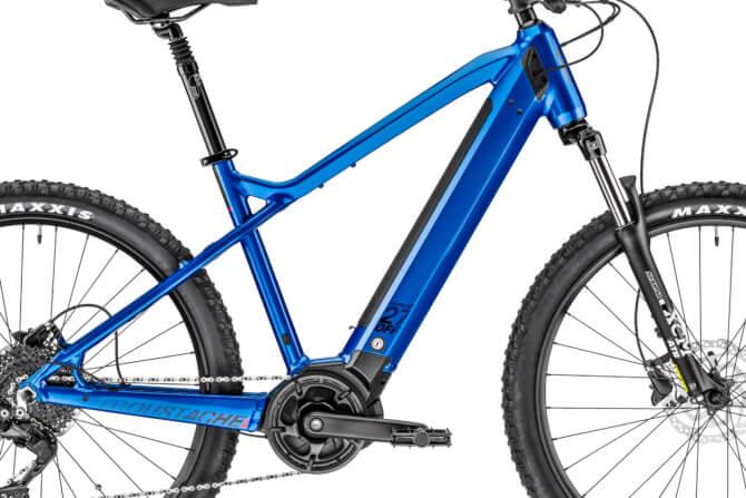 Moustache-Off-2-Bike-Close-Up