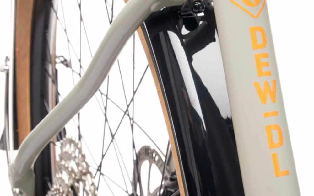 kona-Dew-Deluxe-Bike-Rear-Wheel